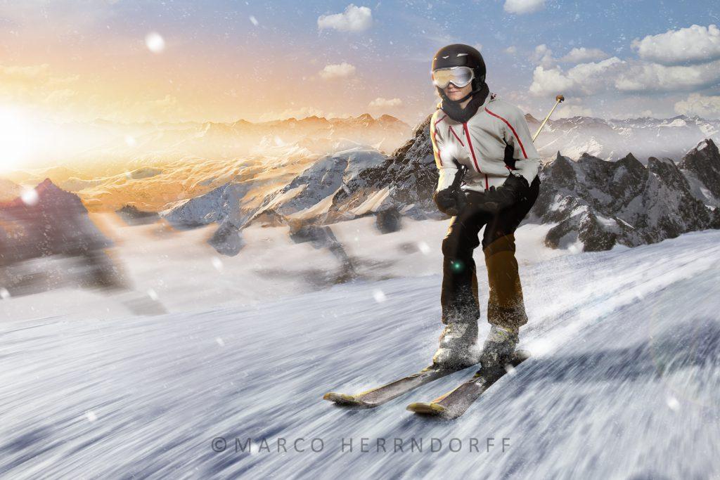 Fotomontage einer Skifahrerin vor einem Bergpanorama